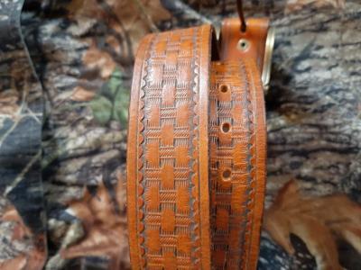 ceinturon cuir 107cm faite par sellier